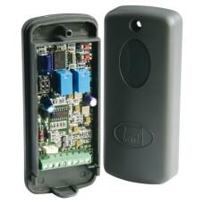 Радиоприемник 2-х канальный (внешний) в корпусе универсальный 433.92 МГц. CAME RE432M
